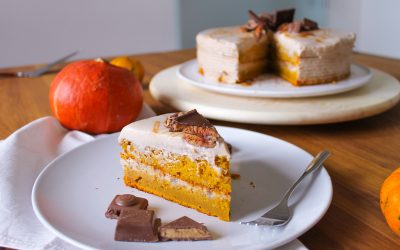 Pumpkin Protein Cake With Caramel and Pecan Nuts